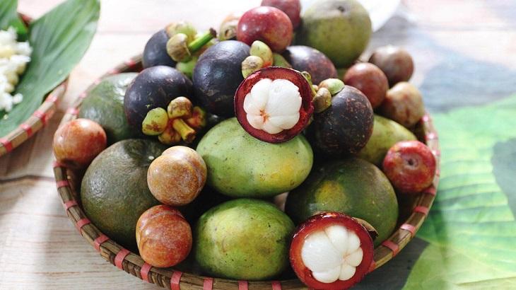 Phong tục an trái cây giết sâu bọ trong ngày Tết Đoan Ngọ