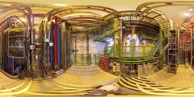 Máy gia tốc hạt lớn ở Geneva, Thụy Sĩ.