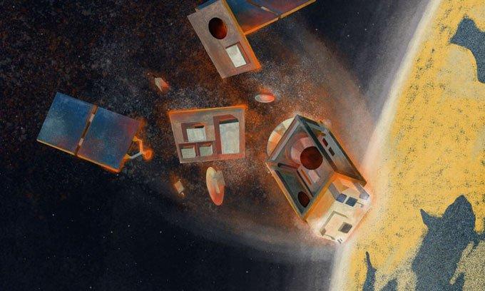 Sau khi ngừng hoạt động, các vệ tinh thường rơi trở lại khí quyển và cháy rụi
